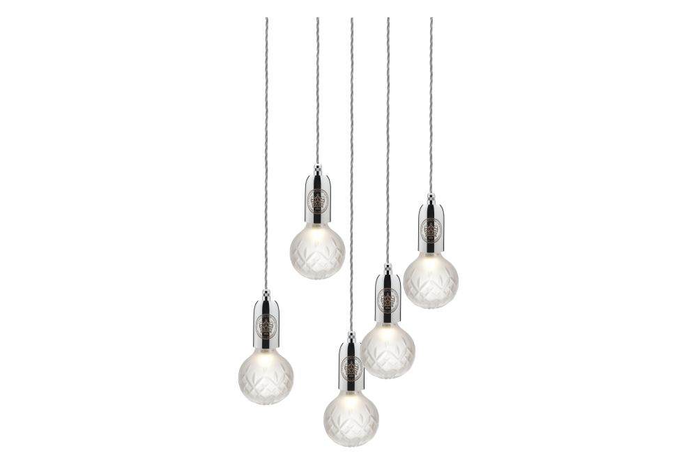 https://res.cloudinary.com/clippings/image/upload/t_big/dpr_auto,f_auto,w_auto/v1570509989/products/crystal-5-bulb-chandelier-lee-broom-clippings-11313763.jpg