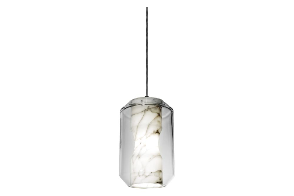 https://res.cloudinary.com/clippings/image/upload/t_big/dpr_auto,f_auto,w_auto/v1570515749/products/chamber-pendant-light-lee-broom-clippings-11313777.jpg