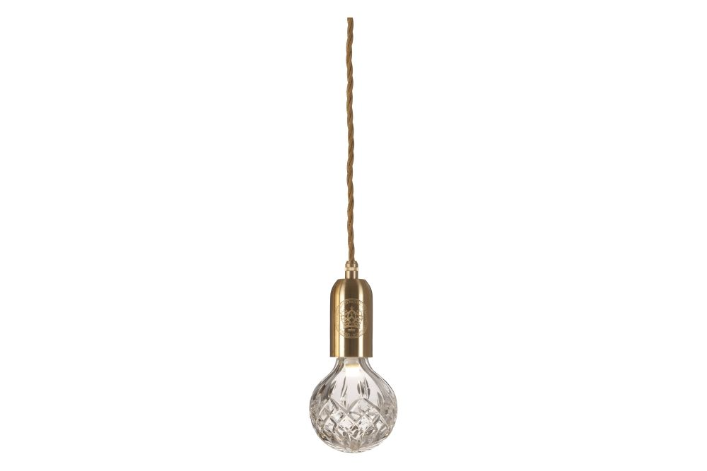 https://res.cloudinary.com/clippings/image/upload/t_big/dpr_auto,f_auto,w_auto/v1570519855/products/crystal-bulb-pendant-light-clear-brushed-brass-lee-broom-clippings-11313459.jpg