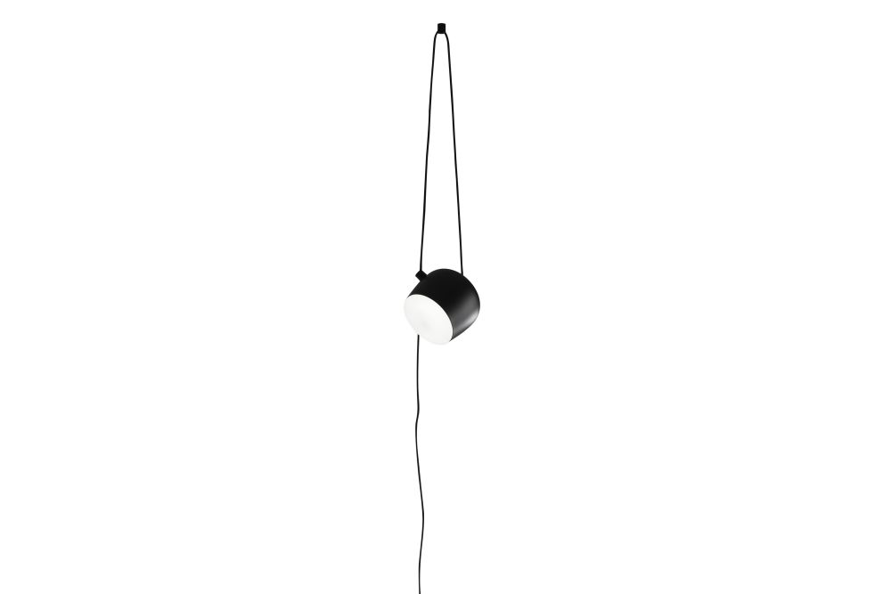 https://res.cloudinary.com/clippings/image/upload/t_big/dpr_auto,f_auto,w_auto/v1570538527/products/aim-cable-plug-pendant-light-flos-ronan-erwan-bouroullec-clippings-11314031.jpg