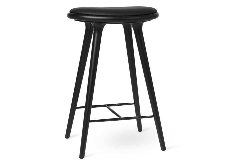 https://res.cloudinary.com/clippings/image/upload/t_big/dpr_auto,f_auto,w_auto/v1570541452/products/high-stool-new-mater-space-copenhagen-clippings-11314050.jpg
