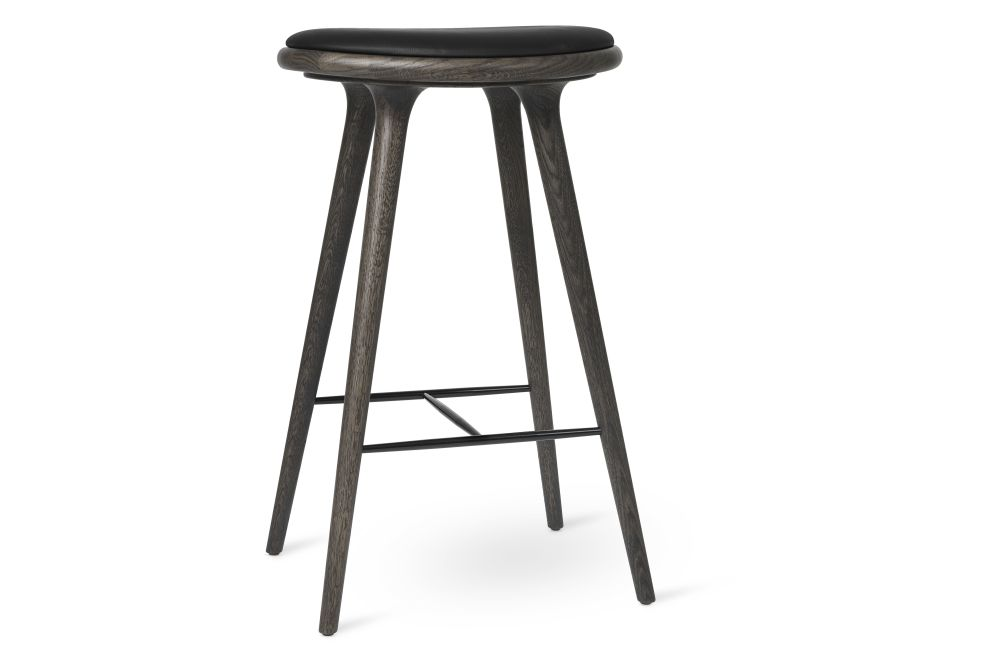 https://res.cloudinary.com/clippings/image/upload/t_big/dpr_auto,f_auto,w_auto/v1570541586/products/high-stool-new-mater-space-copenhagen-clippings-11314053.jpg