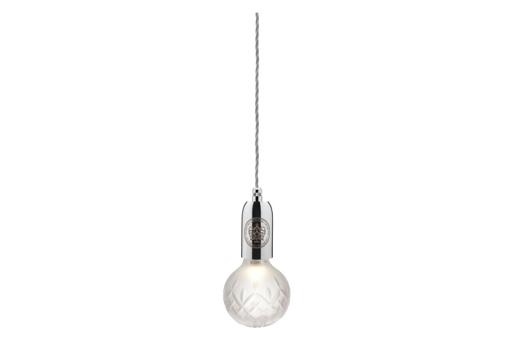https://res.cloudinary.com/clippings/image/upload/t_big/dpr_auto,f_auto,w_auto/v1570603644/products/crystal-bulb-pendant-light-lee-broom-clippings-11314269.jpg