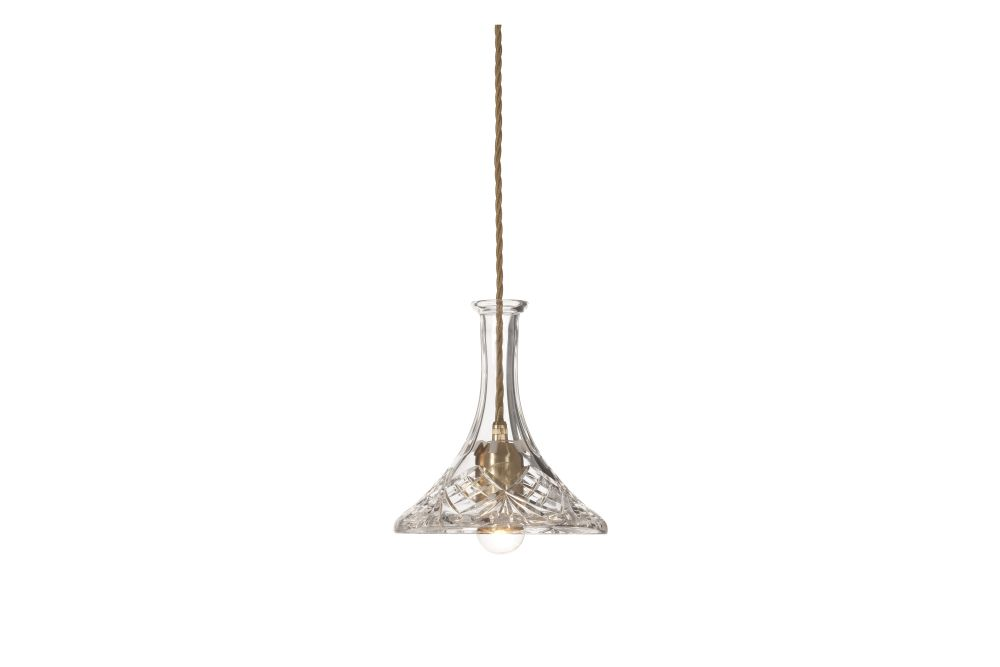 https://res.cloudinary.com/clippings/image/upload/t_big/dpr_auto,f_auto,w_auto/v1570613153/products/tulip-decanter-pendant-light-lee-broom-clippings-11314408.jpg