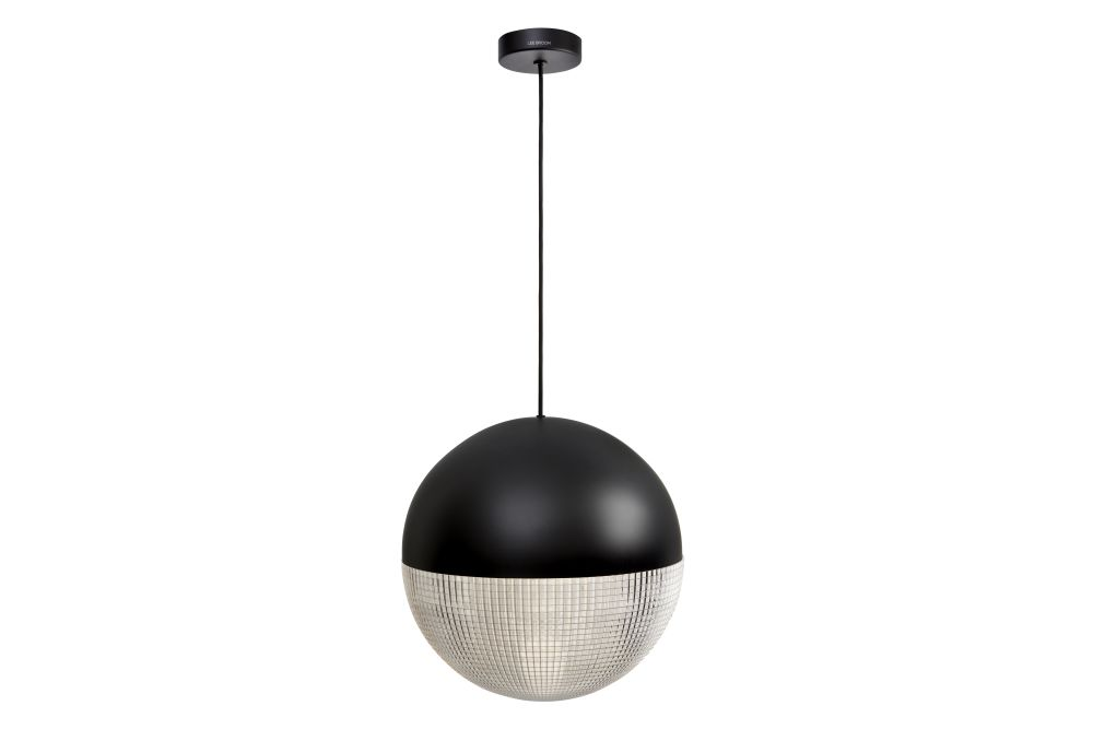 https://res.cloudinary.com/clippings/image/upload/t_big/dpr_auto,f_auto,w_auto/v1570685313/products/lens-flair-pendant-light-lee-broom-clippings-11314708.jpg