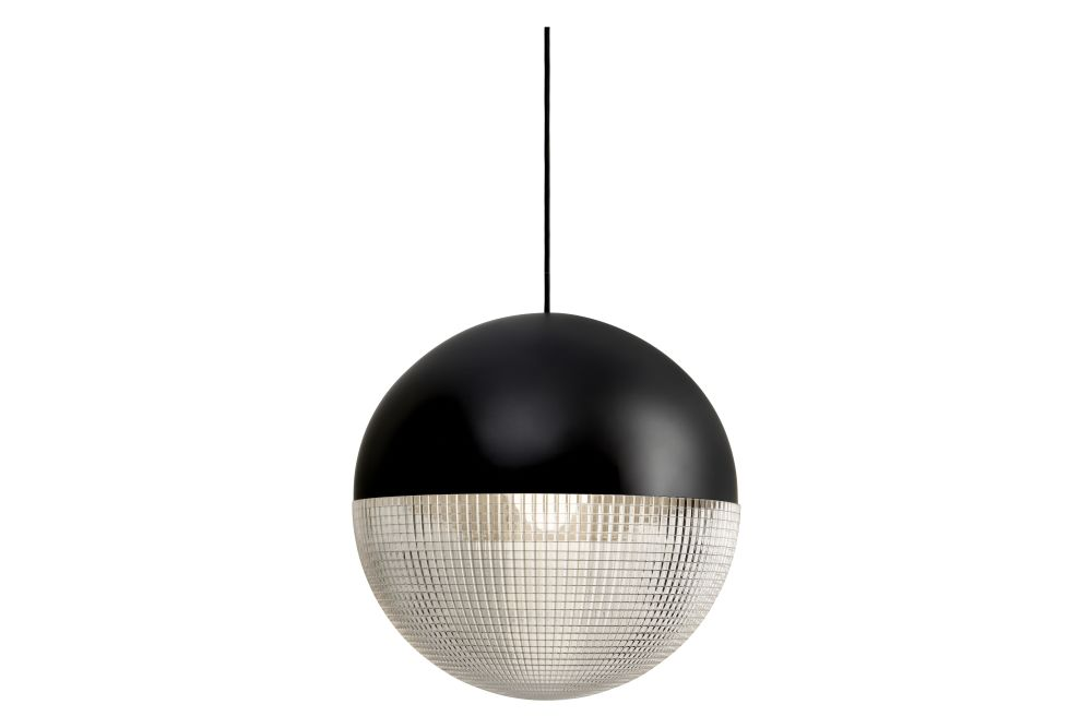 https://res.cloudinary.com/clippings/image/upload/t_big/dpr_auto,f_auto,w_auto/v1570685327/products/lens-flair-pendant-light-lee-broom-clippings-11314712.jpg