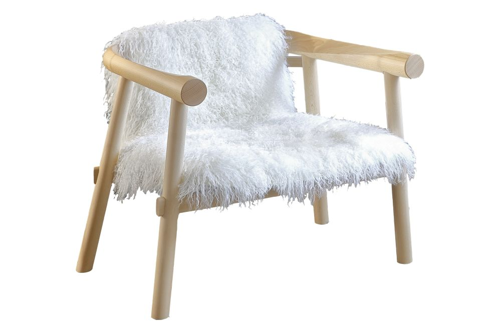 https://res.cloudinary.com/clippings/image/upload/t_big/dpr_auto,f_auto,w_auto/v1570717479/products/altay-lounge-chair-with-mongolian-goatskin-upholstery-matte-varnished-white-mongolian-goatskin-coedition-patricia-urquiola-clippings-11315074.jpg