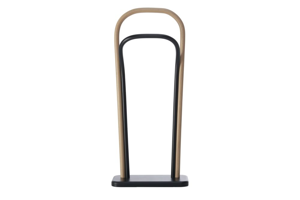 https://res.cloudinary.com/clippings/image/upload/t_big/dpr_auto,f_auto,w_auto/v1571371028/products/arch-coat-rack-wiener-gtv-design-front-clippings-11316978.jpg