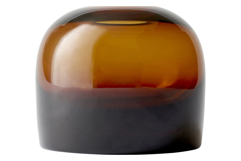 https://res.cloudinary.com/clippings/image/upload/t_big/dpr_auto,f_auto,w_auto/v1571638783/products/troll-vase-amber-m-menu-anderssen-voll-clippings-10005751.jpg