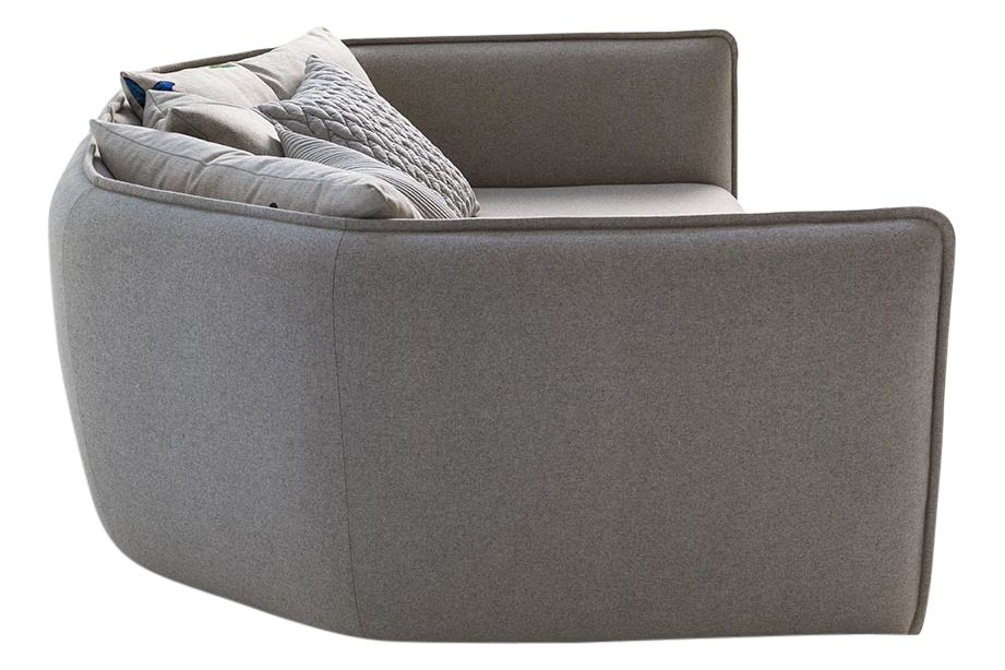https://res.cloudinary.com/clippings/image/upload/t_big/dpr_auto,f_auto,w_auto/v1571640697/products/chamfer-3-seater-sofa-moroso-patricia-urquiola-clippings-10332661.jpg