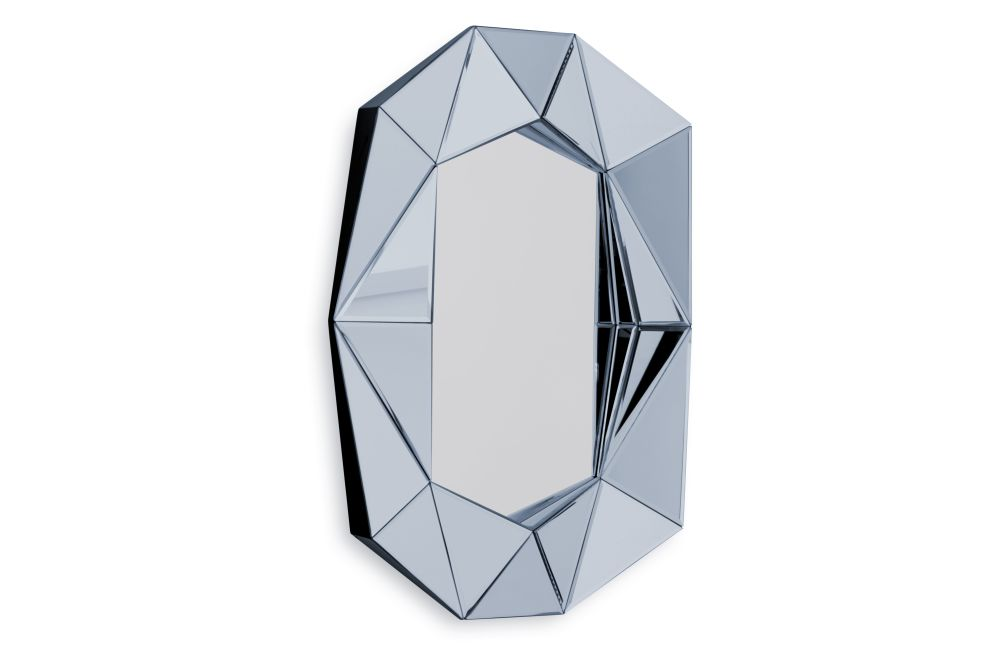 https://res.cloudinary.com/clippings/image/upload/t_big/dpr_auto,f_auto,w_auto/v1571727273/products/diamond-small-mirror-silver-reflections-copenhagen-clippings-11318113.jpg