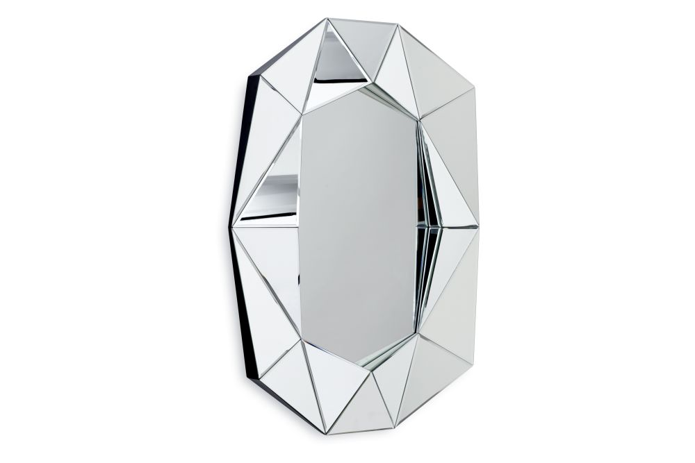 https://res.cloudinary.com/clippings/image/upload/t_big/dpr_auto,f_auto,w_auto/v1571728468/products/diamond-large-mirror-silver-reflections-copenhagen-clippings-11318122.jpg