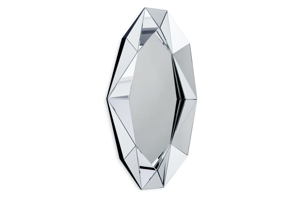 https://res.cloudinary.com/clippings/image/upload/t_big/dpr_auto,f_auto,w_auto/v1571729123/products/diamond-xl-mirror-silver-reflections-copenhagen-clippings-11318133.jpg