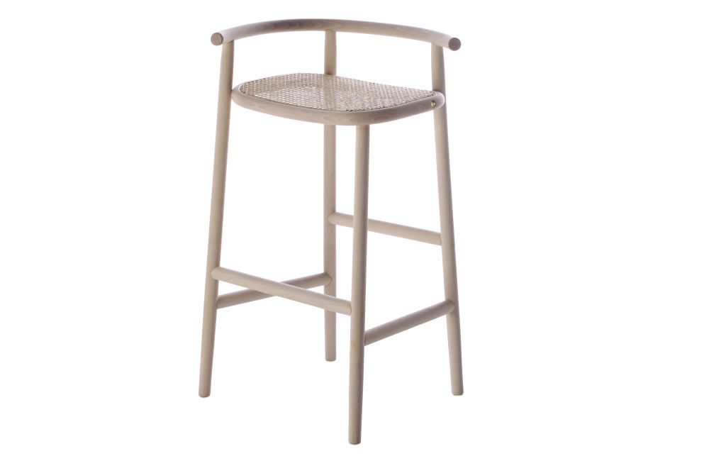 https://res.cloudinary.com/clippings/image/upload/t_big/dpr_auto,f_auto,w_auto/v1571823793/products/single-curve-barstool-wiener-gtv-design-nendo-clippings-11318857.jpg