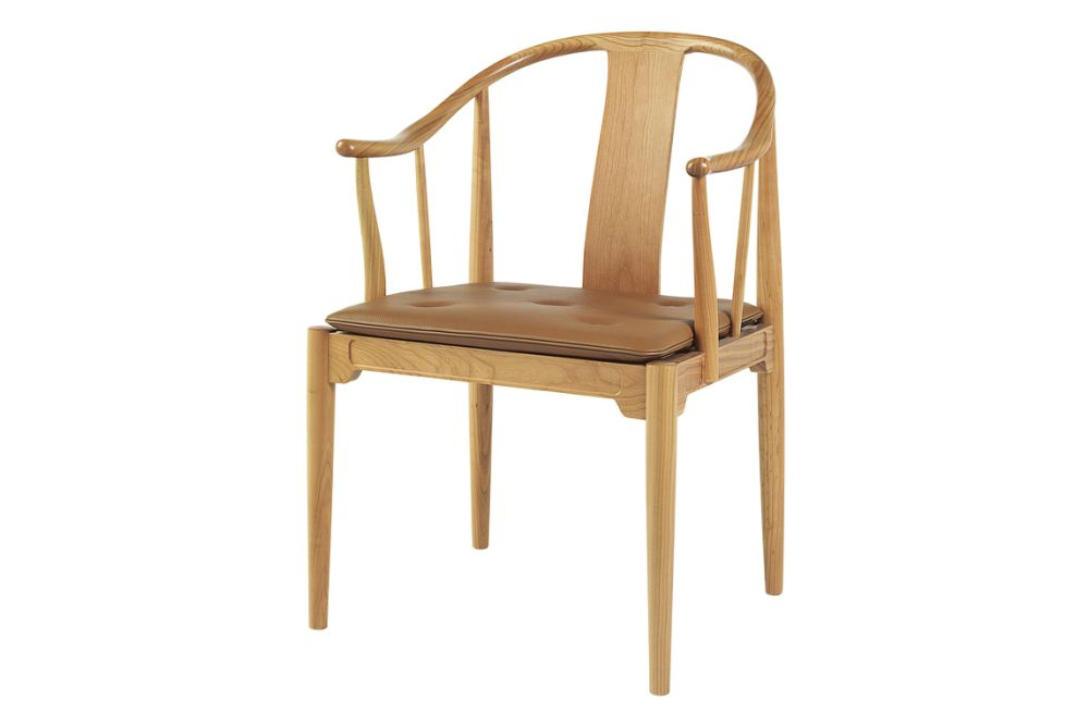 https://res.cloudinary.com/clippings/image/upload/t_big/dpr_auto,f_auto,w_auto/v1571998676/products/china-armchair-fritz-hansen-hans-j-wegner-clippings-11320944.jpg