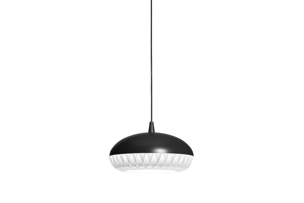 https://res.cloudinary.com/clippings/image/upload/t_big/dpr_auto,f_auto,w_auto/v1572007475/products/aeon-rocket-pendant-light-fritz-hansen-morten-voss-clippings-11109800.jpg
