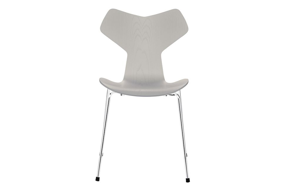 https://res.cloudinary.com/clippings/image/upload/t_big/dpr_auto,f_auto,w_auto/v1572338830/products/grand-prix-stackable-dining-chair-fritz-hansen-arne-jacobsen-clippings-8865421.jpg