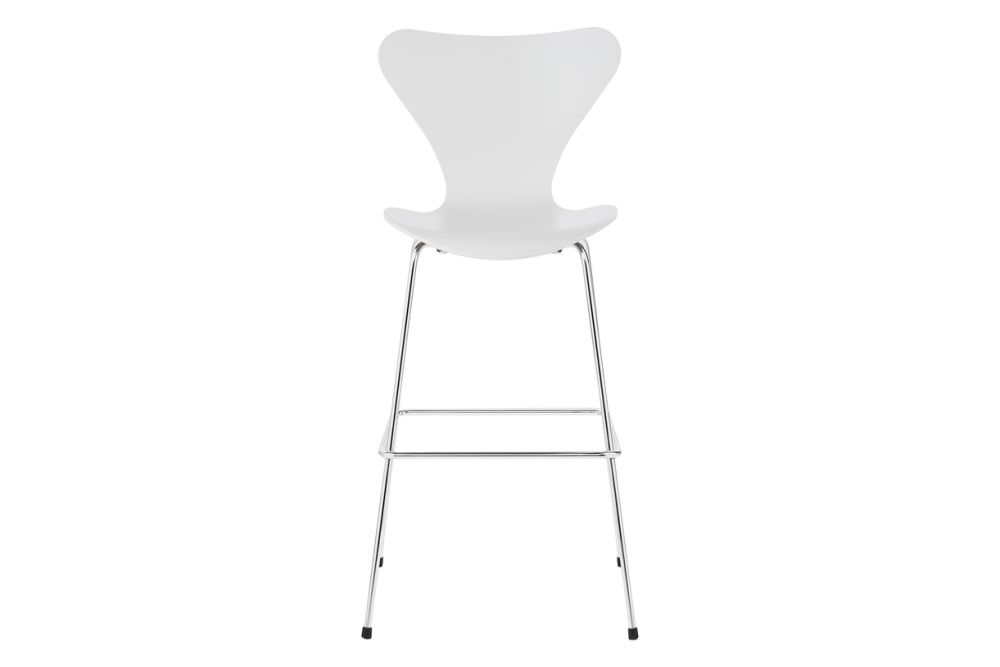 https://res.cloudinary.com/clippings/image/upload/t_big/dpr_auto,f_auto,w_auto/v1572355839/products/series-7-bar-stool-lacquered-full-dark-stained-oak-white-100-fritz-hansen-arne-jacobsen-clippings-8832001.jpg