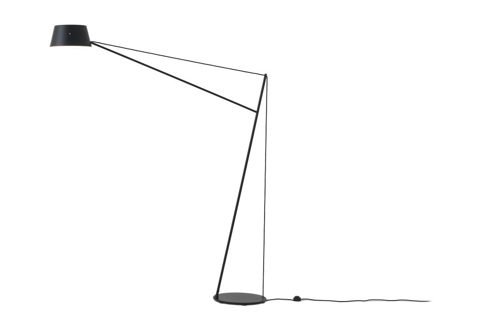 https://res.cloudinary.com/clippings/image/upload/t_big/dpr_auto,f_auto,w_auto/v1572361852/products/spar-floor-lamp-black-resident-jamie-mclellan-clippings-11316505.jpg