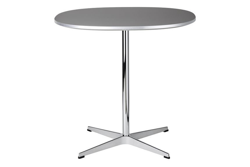 https://res.cloudinary.com/clippings/image/upload/t_big/dpr_auto,f_auto,w_auto/v1572427622/products/supercircular-dining-table-span-legs-fritz-hansen-piet-heinbruno-mathssonarne-jacobsen-clippings-11322970.jpg