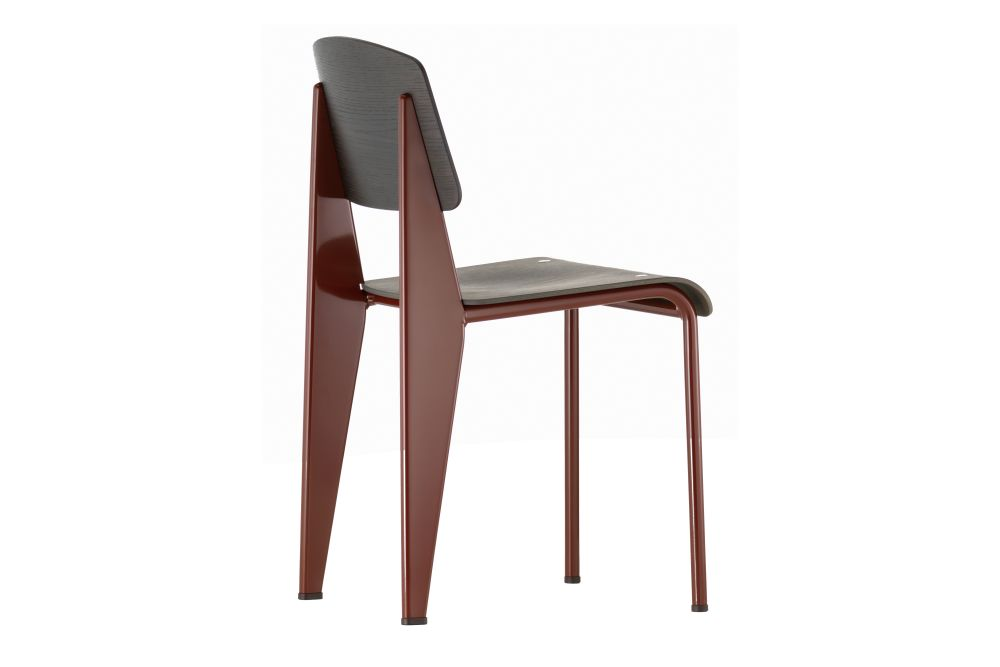 https://res.cloudinary.com/clippings/image/upload/t_big/dpr_auto,f_auto,w_auto/v1572529152/products/standard-chair-vitra-jean-prouv%C3%A9-clippings-11323282.jpg