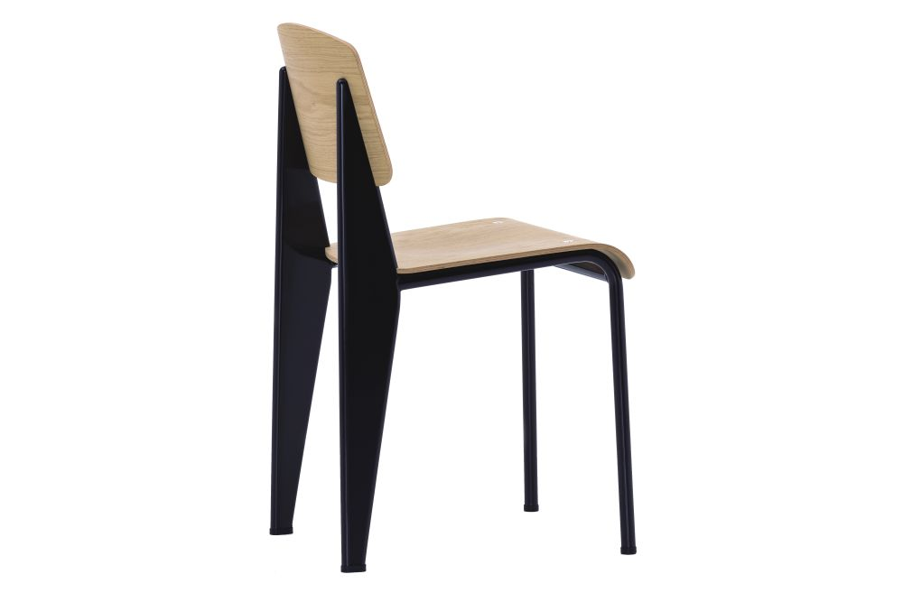 https://res.cloudinary.com/clippings/image/upload/t_big/dpr_auto,f_auto,w_auto/v1572529382/products/standard-chair-vitra-jean-prouv%C3%A9-clippings-11323288.jpg
