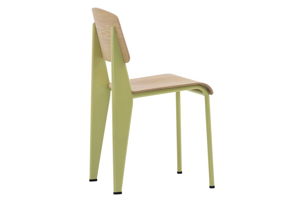 https://res.cloudinary.com/clippings/image/upload/t_big/dpr_auto,f_auto,w_auto/v1572530386/products/standard-chair-vitra-jean-prouv%C3%A9-clippings-11323315.jpg