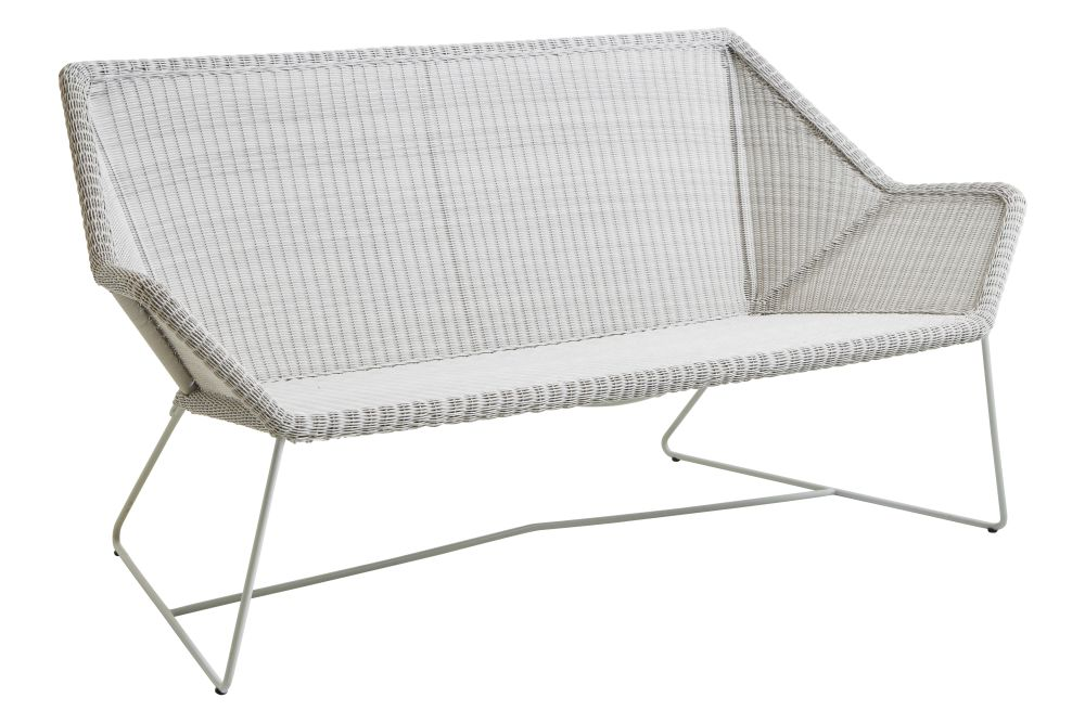 https://res.cloudinary.com/clippings/image/upload/t_big/dpr_auto,f_auto,w_auto/v1573124150/products/breeze-2-seater-lounge-sofa-cane-line-strandhvass-clippings-11325505.jpg