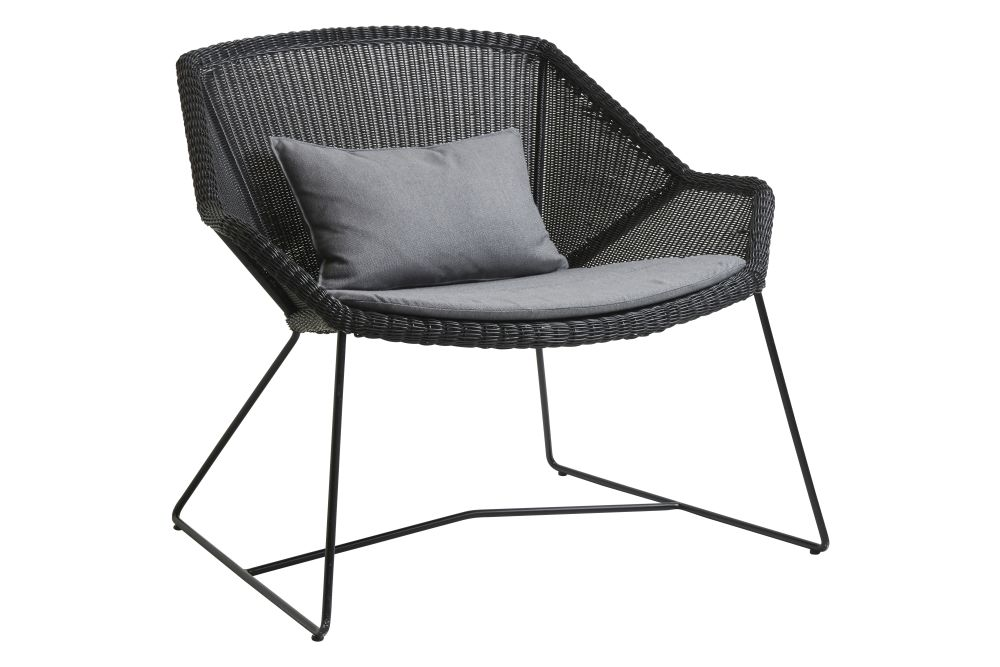 https://res.cloudinary.com/clippings/image/upload/t_big/dpr_auto,f_auto,w_auto/v1573126526/products/breeze-lounge-armchair-with-cushion-cane-line-strandhvass-clippings-11325706.jpg