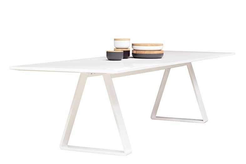https://res.cloudinary.com/clippings/image/upload/t_big/dpr_auto,f_auto,w_auto/v1573551428/products/bermuda-table-72h-x-200w-x-90d-cm-asplund-thomas-eriksson-clippings-11326689.jpg