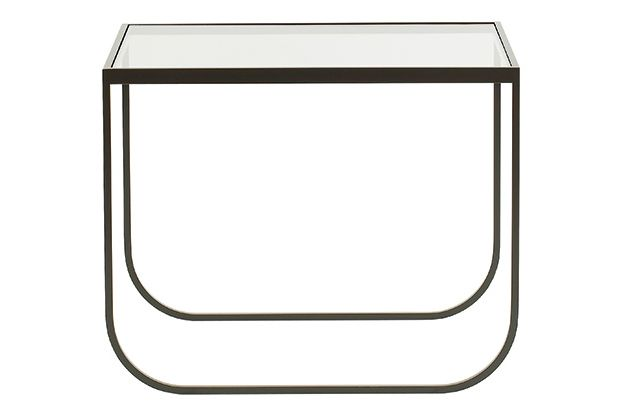 https://res.cloudinary.com/clippings/image/upload/t_big/dpr_auto,f_auto,w_auto/v1573642051/products/tati-65-lounge-table-transparent-glass-powder-coated-bronze-asplund-broberg-ridderstr%C3%A5le-clippings-11327168.jpg