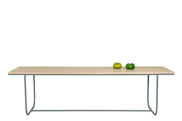 https://res.cloudinary.com/clippings/image/upload/t_big/dpr_auto,f_auto,w_auto/v1573711554/products/tati-dining-table-extended-asplund-broberg-ridderstr%C3%A5le-clippings-11327424.jpg