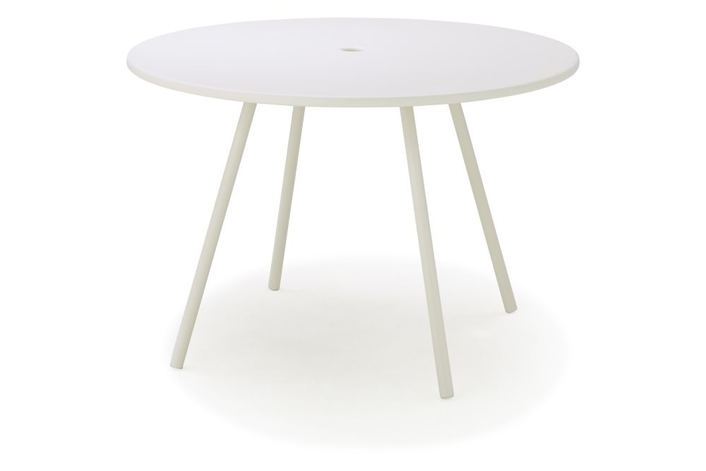 https://res.cloudinary.com/clippings/image/upload/t_big/dpr_auto,f_auto,w_auto/v1573717300/products/area-round-dining-table-cane-line-wellingludvik-clippings-11327447.jpg