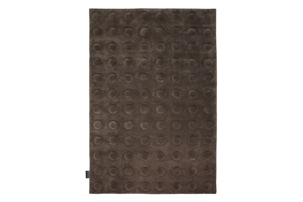 https://res.cloudinary.com/clippings/image/upload/t_big/dpr_auto,f_auto,w_auto/v1573806215/products/convex-rug-asplund-pia-wall%C3%A9n-clippings-11327688.jpg