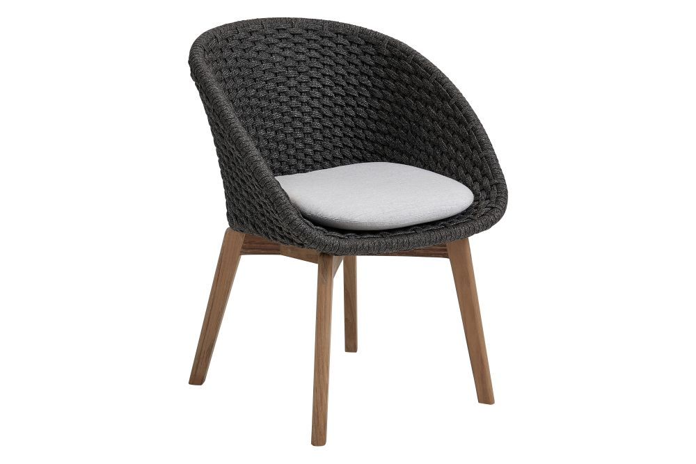 https://res.cloudinary.com/clippings/image/upload/t_big/dpr_auto,f_auto,w_auto/v1574068190/products/peacock-dining-chair-in-cane-line-soft-rope-with-cushion-set-of-2-cane-line-foersom-hiort-lorenzen-mdd-clippings-11328139.jpg