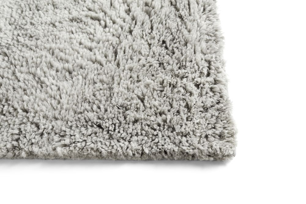https://res.cloudinary.com/clippings/image/upload/t_big/dpr_auto,f_auto,w_auto/v1574166862/products/shaggy-rug-hay-clippings-11328418.jpg
