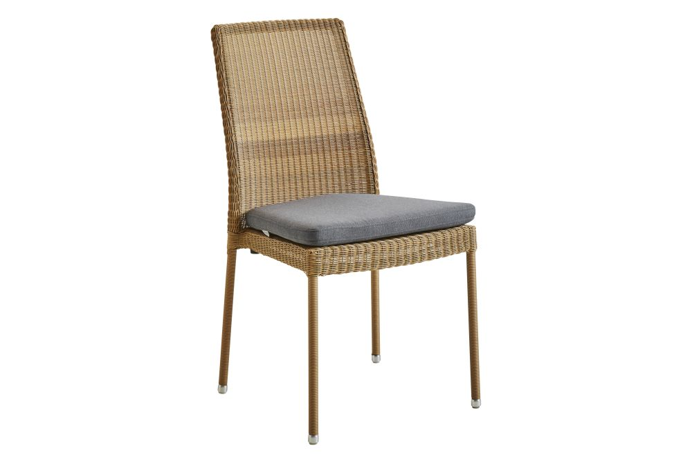 https://res.cloudinary.com/clippings/image/upload/t_big/dpr_auto,f_auto,w_auto/v1574323811/products/newman-dining-chair-with-cushion-set-of-2-cane-line-cane-line-design-team-clippings-11328812.jpg