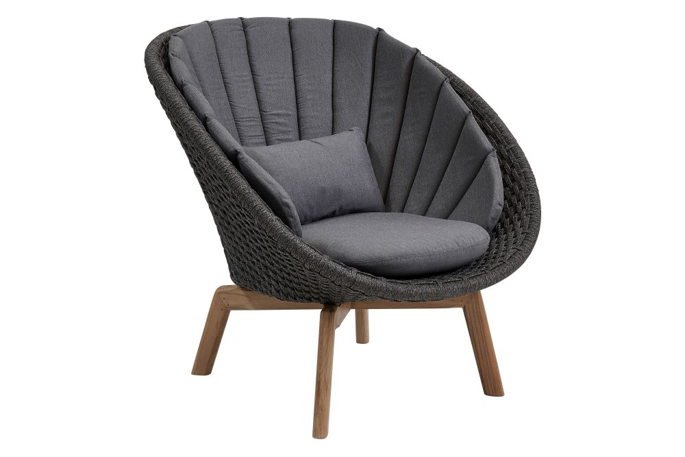 https://res.cloudinary.com/clippings/image/upload/t_big/dpr_auto,f_auto,w_auto/v1574332000/products/peacock-lounge-chair-in-cane-line-soft-rope-with-cushion-cane-line-foersom-hiort-lorenzen-mdd-clippings-11328874.jpg