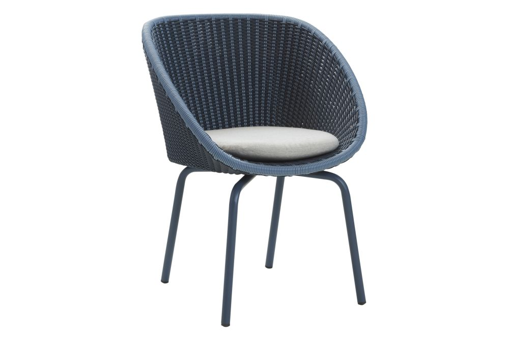 https://res.cloudinary.com/clippings/image/upload/t_big/dpr_auto,f_auto,w_auto/v1574398638/products/peacock-dining-chair-in-cane-line-weave-with-cushion-set-of-2-cane-line-foersom-hiort-lorenzen-mdd-clippings-11329016.jpg