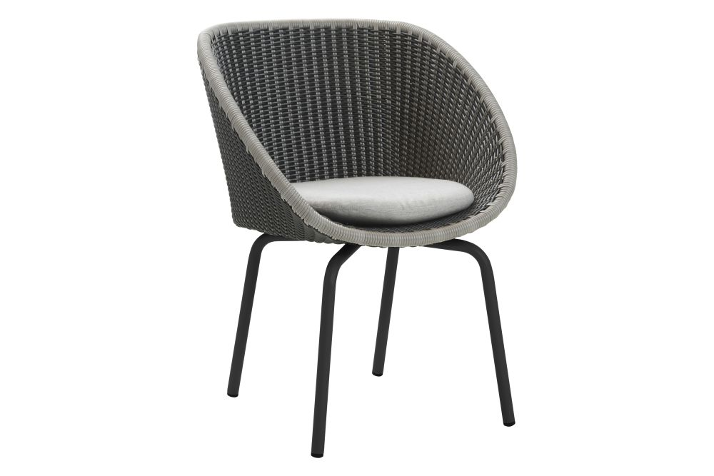 https://res.cloudinary.com/clippings/image/upload/t_big/dpr_auto,f_auto,w_auto/v1574398652/products/peacock-dining-chair-in-cane-line-weave-with-cushion-set-of-2-cane-line-foersom-hiort-lorenzen-mdd-clippings-11329012.jpg