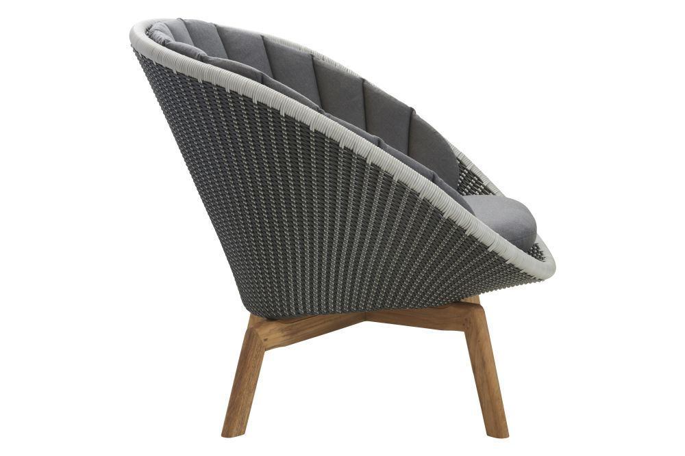 https://res.cloudinary.com/clippings/image/upload/t_big/dpr_auto,f_auto,w_auto/v1574401314/products/peacock-lounge-chair-in-cane-line-weave-with-cushion-cane-line-foersom-hiort-lorenzen-mdd-clippings-11329033.jpg