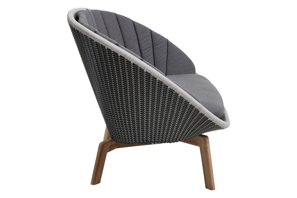 https://res.cloudinary.com/clippings/image/upload/t_big/dpr_auto,f_auto,w_auto/v1574402040/products/peacock-2-seater-sofa-in-cane-line-weave-with-cushion-cane-line-foersom-hiort-lorenzen-mdd-clippings-11329048.jpg