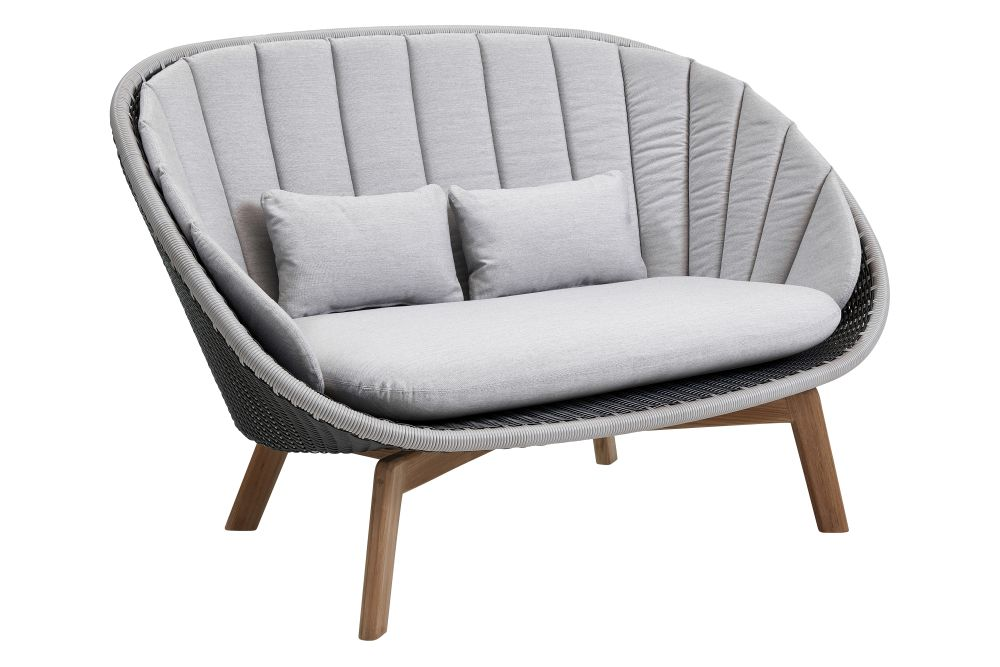 https://res.cloudinary.com/clippings/image/upload/t_big/dpr_auto,f_auto,w_auto/v1574402049/products/peacock-2-seater-sofa-in-cane-line-weave-with-cushion-cane-line-foersom-hiort-lorenzen-mdd-clippings-11329050.jpg
