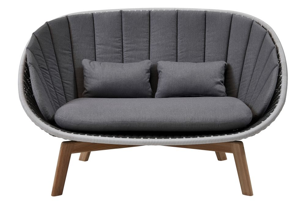 https://res.cloudinary.com/clippings/image/upload/t_big/dpr_auto,f_auto,w_auto/v1574402051/products/peacock-2-seater-sofa-in-cane-line-weave-with-cushion-cane-line-foersom-hiort-lorenzen-mdd-clippings-11329052.jpg