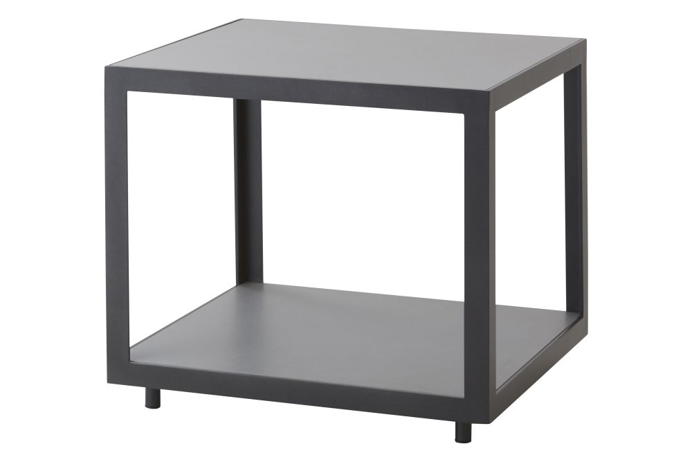 https://res.cloudinary.com/clippings/image/upload/t_big/dpr_auto,f_auto,w_auto/v1574405139/products/level-side-table-cane-line-bykato-clippings-11329077.jpg