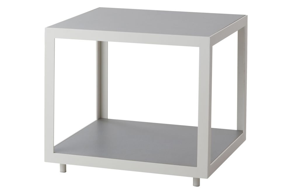 https://res.cloudinary.com/clippings/image/upload/t_big/dpr_auto,f_auto,w_auto/v1574405141/products/level-side-table-cane-line-bykato-clippings-11329078.jpg
