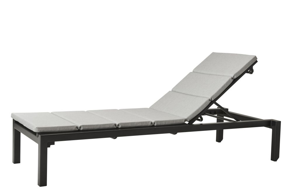 https://res.cloudinary.com/clippings/image/upload/t_big/dpr_auto,f_auto,w_auto/v1574654882/products/relax-sunbed-with-cushion-cane-line-cane-line-design-team-clippings-11329343.jpg