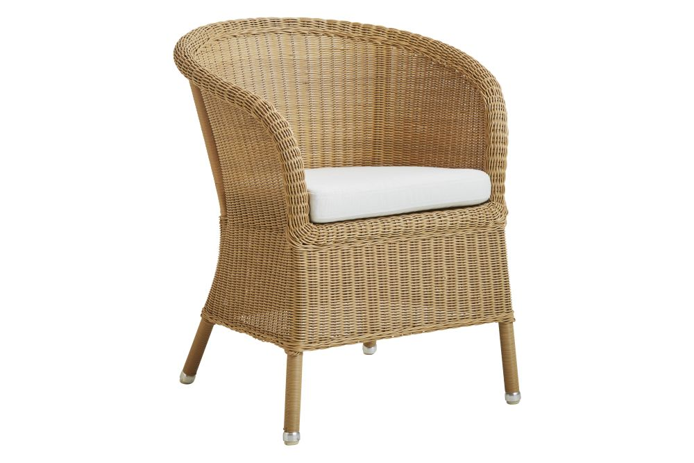 https://res.cloudinary.com/clippings/image/upload/t_big/dpr_auto,f_auto,w_auto/v1574657767/products/derby-armchair-with-seat-cushion-cane-line-cane-line-design-team-clippings-11329374.jpg