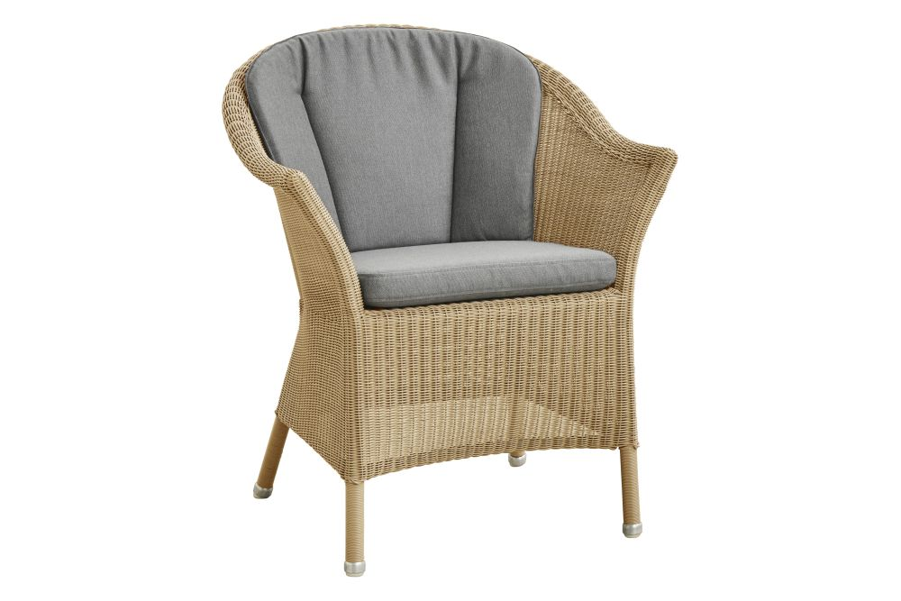 https://res.cloudinary.com/clippings/image/upload/t_big/dpr_auto,f_auto,w_auto/v1574662269/products/lansing-armchair-with-cushion-cane-line-cane-line-design-team-clippings-11329408.jpg