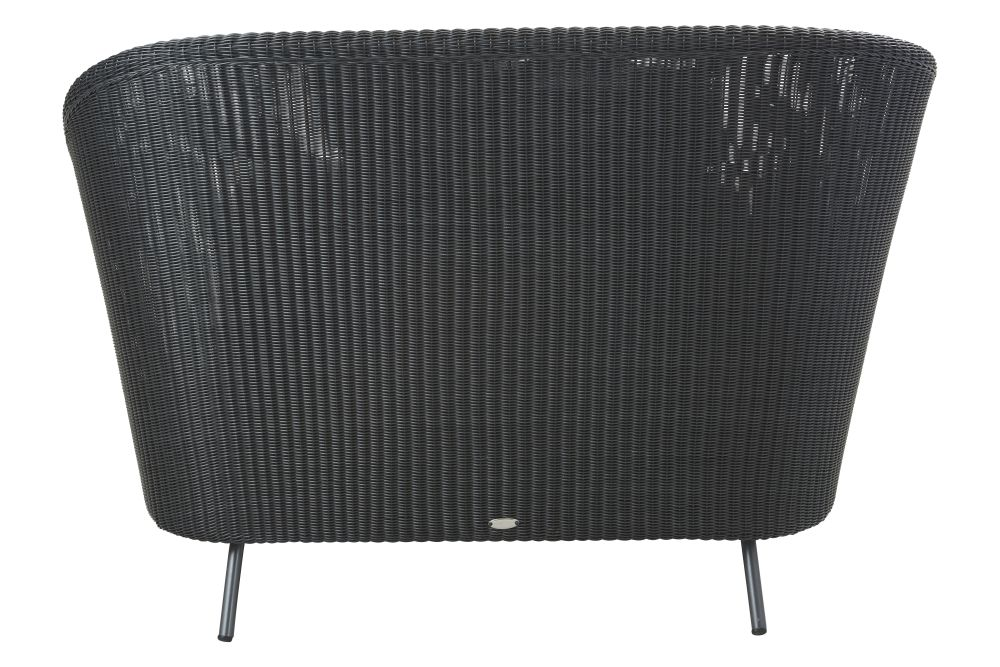 https://res.cloudinary.com/clippings/image/upload/t_big/dpr_auto,f_auto,w_auto/v1574682780/products/mega-daybed-cane-line-bykato-clippings-11329520.jpg